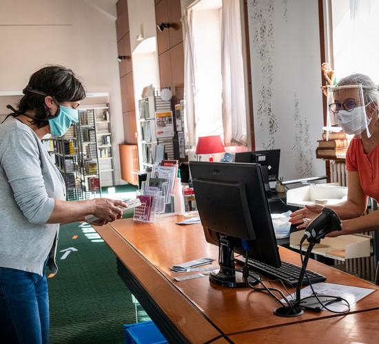 geste barrière bibliothèque