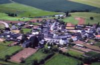 vue aérienne de Pouillé-les-Coteaux