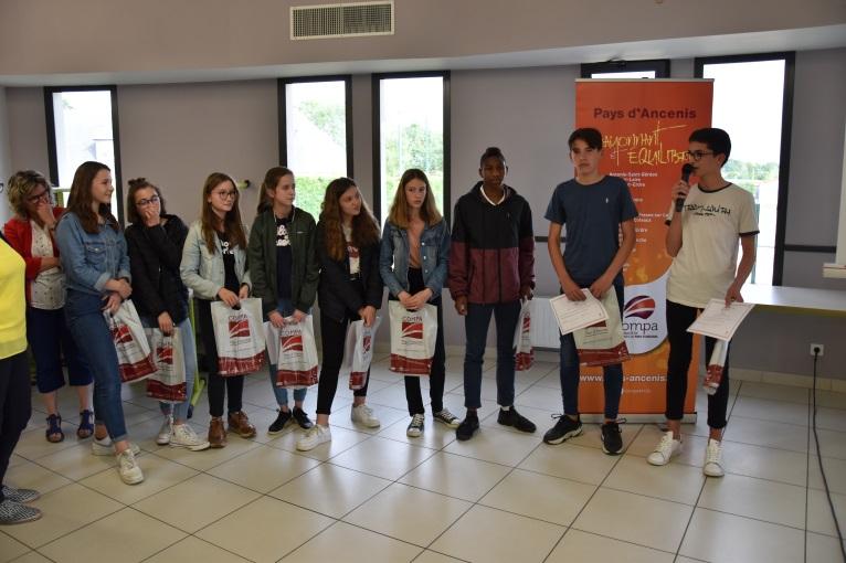 Groupe récompensé lors de la remise des prix du 23 mai 2019 au collège Saint Joseph à Ligné.